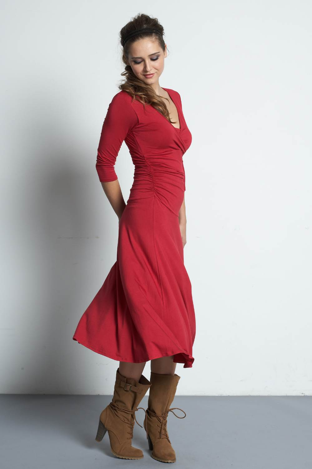 Mothers En Vogue Dana 3/4 Sleeved Bamboo Nursing Dress, Crimson Red